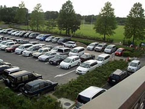 バックで駐車