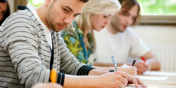 カンニング 中国 科挙とは?カンニングのやり方や倍率、高考との比較など解説