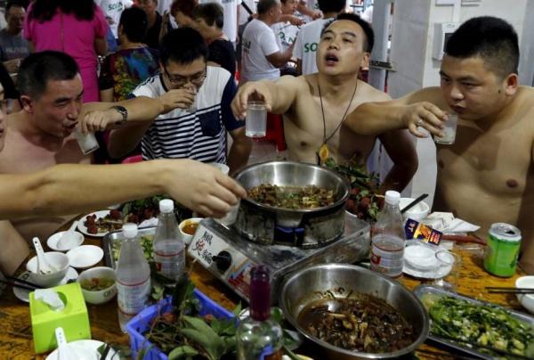 食い 踊り 中国 ネズミ